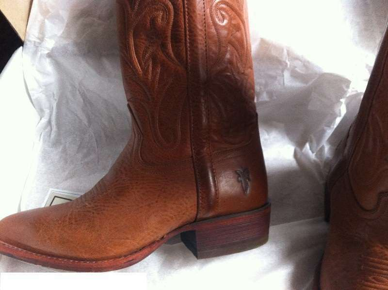 Gorgeous Frye Chocolate Brown Leather Women's Boot Pull On STYLE