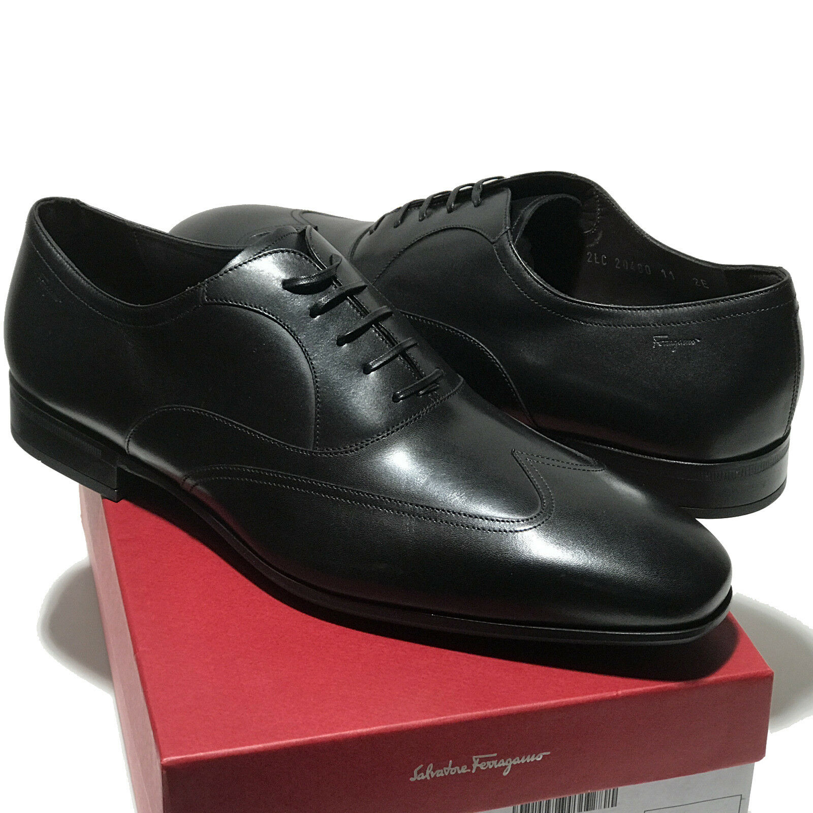 FERRAGAMO NOVE Black Wingtip Leather Oxford 10 Men's Dress Fashion Casual shoes