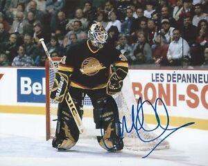 Corey-Hirsch-Signed-8-10-Photo-Vancouver-Canucks-Autographed-COA-B