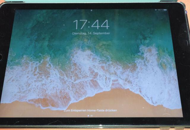 Apple iPad (2018), 32GB, WLAN, (9,7 Zoll) - Spacegrau + OVP