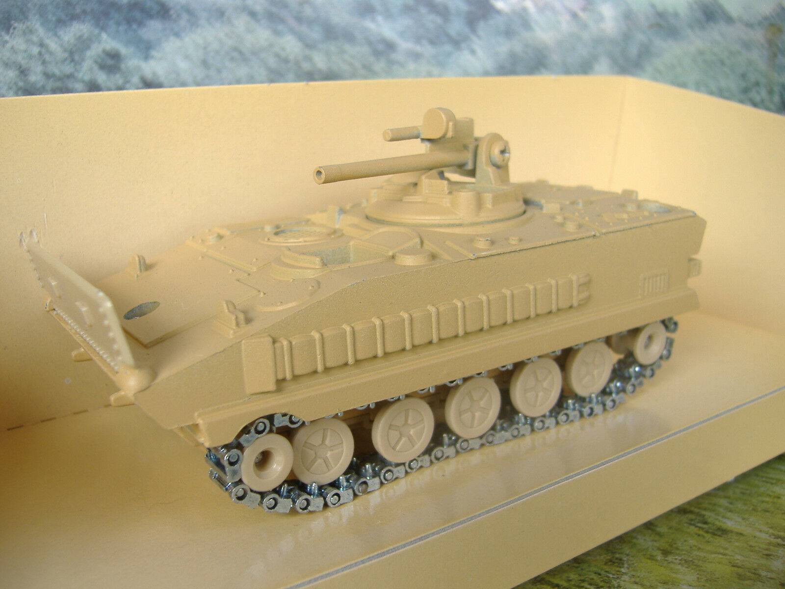 1 50 Solido (Francia) militairy AMX 10  6076