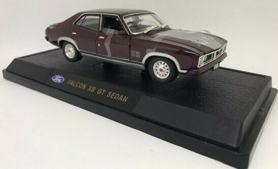 Ford Falcon XB GT Sedan Mulberry 1 32 Diecast Model Collectible Cars Licensed