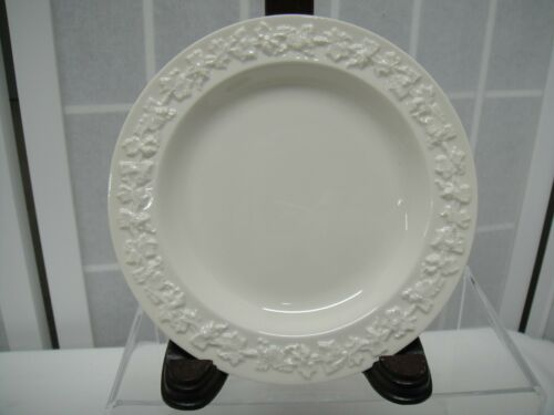 White on White Wedgwood Queens Ware Barlaston of Etruria B /& B Plate