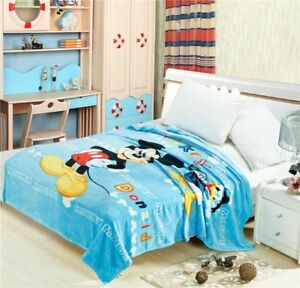 cute mickey donald soft blanket Throws quilt blanket nap new
