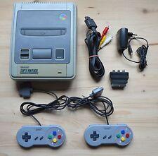 SNES - Super Nintendo Konsole mit 2 Controller (guter Zustand)