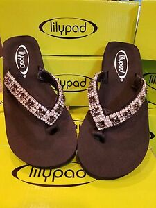 5d3978573880e3 Image is loading lilypad-flip-flops-New-in-Box