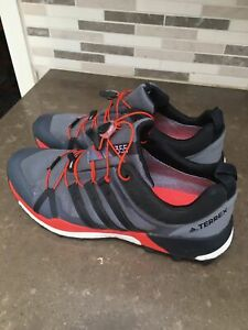 Adidas-Terrex-355-Skychaser-LT-Gore-Tex-Trail-Shoes-Bungee-Close-Gray-Orange-9-5