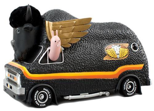 JEREMY FISH'S BISON VAN SF EDITION VINYL FIGURE VEHICLE BY 3D RETRO