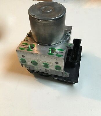 8201134904 1.2i pompe-Bloc hydraulique ABS //calculateur ABS RENAULT CLIO 3 III