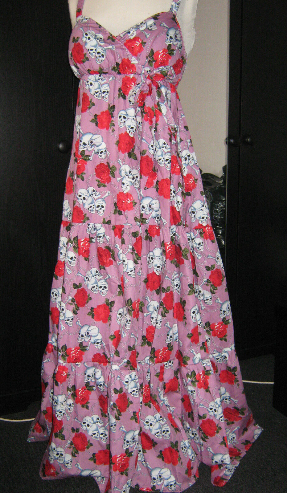 Gothic skull, chain, pink dress size 14-30