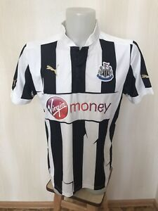 Newcastle United 2012/2013 home Size L Puma football shirt jersey maillot soccer