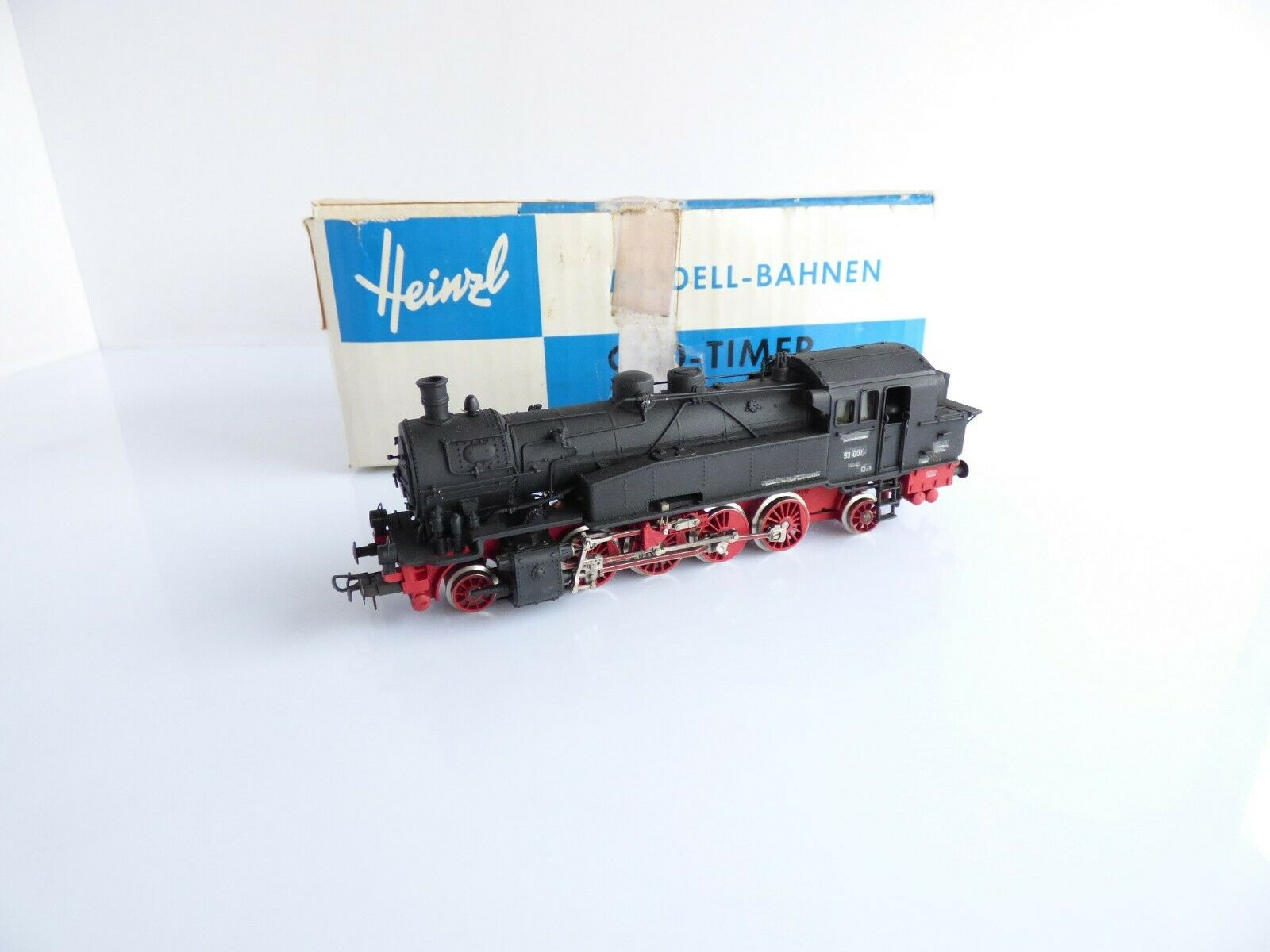 Heinzl merker and fisher steam locomotive has br 93 001 dr