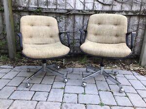 A-Pair-of-Sleek-MidCentury-Modern-MCM-Tweed-Pollack-Rolling-Desk-Chairs