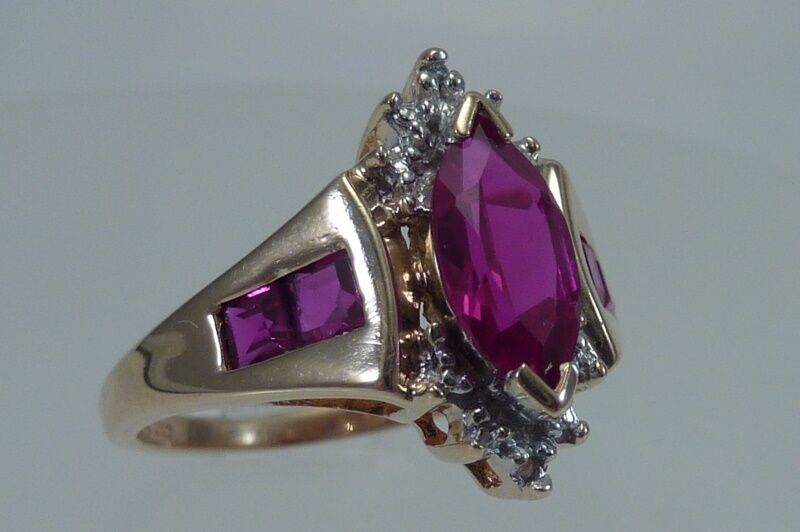 10K Yellow gold Synthetic Ruby Ring, Size 7.25