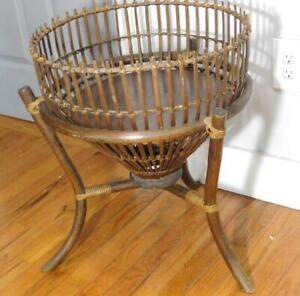 Vintage Bamboo Rattan Wood  Fern Plant Stand 23'' High 18.5'' Wide