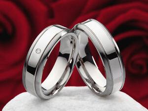 Trauringe-Eheringe-Partnerring-Titan-mit-0-01ct-Diamant-und-Lasergravur-P312