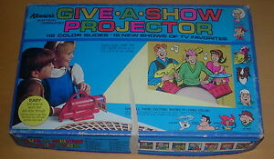 KENNER GIVE-A-SHOW PROJECTOR 1970 ARCHIES GEORGE OF THE JUNGLE SUPERMAN