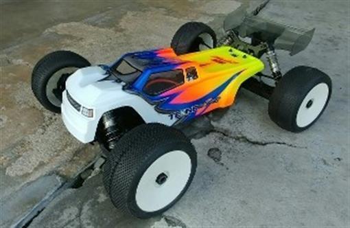 "clear Leadfinger Racing /""Strife/"" Body for RC8T3//e LFRT4020"