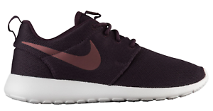 WOMEN'S 10.5 NIKE ROSHE ONE SHOES SIZE 10.5 WOMEN'S port wine 844994 602 511cd3