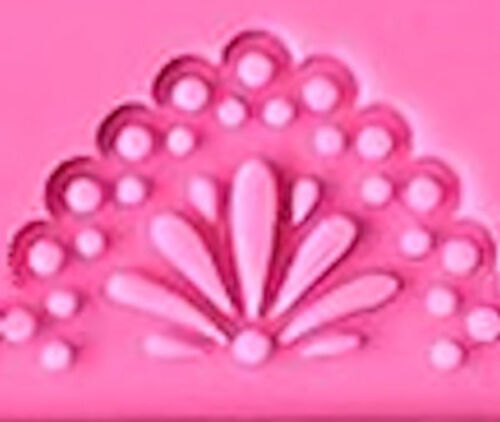 Lace Flower Centers in Dotted Arches Strip Silicone Mold