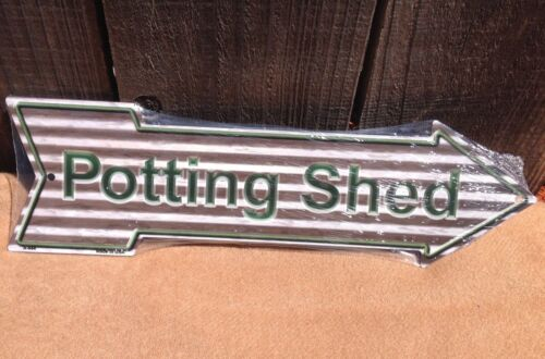 """Potting Shed Corrugate This Way To Arrow Sign Directional Novelty Metal 17/"""" x 5/"""""""