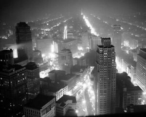 DETROIT-DURING-THE-EARLY-1940S-8X10-PHOTO-PRINT-28012003873