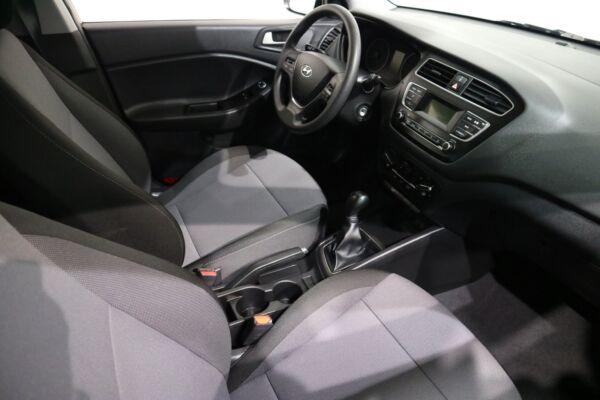 Hyundai i20 1,25 Life billede 10