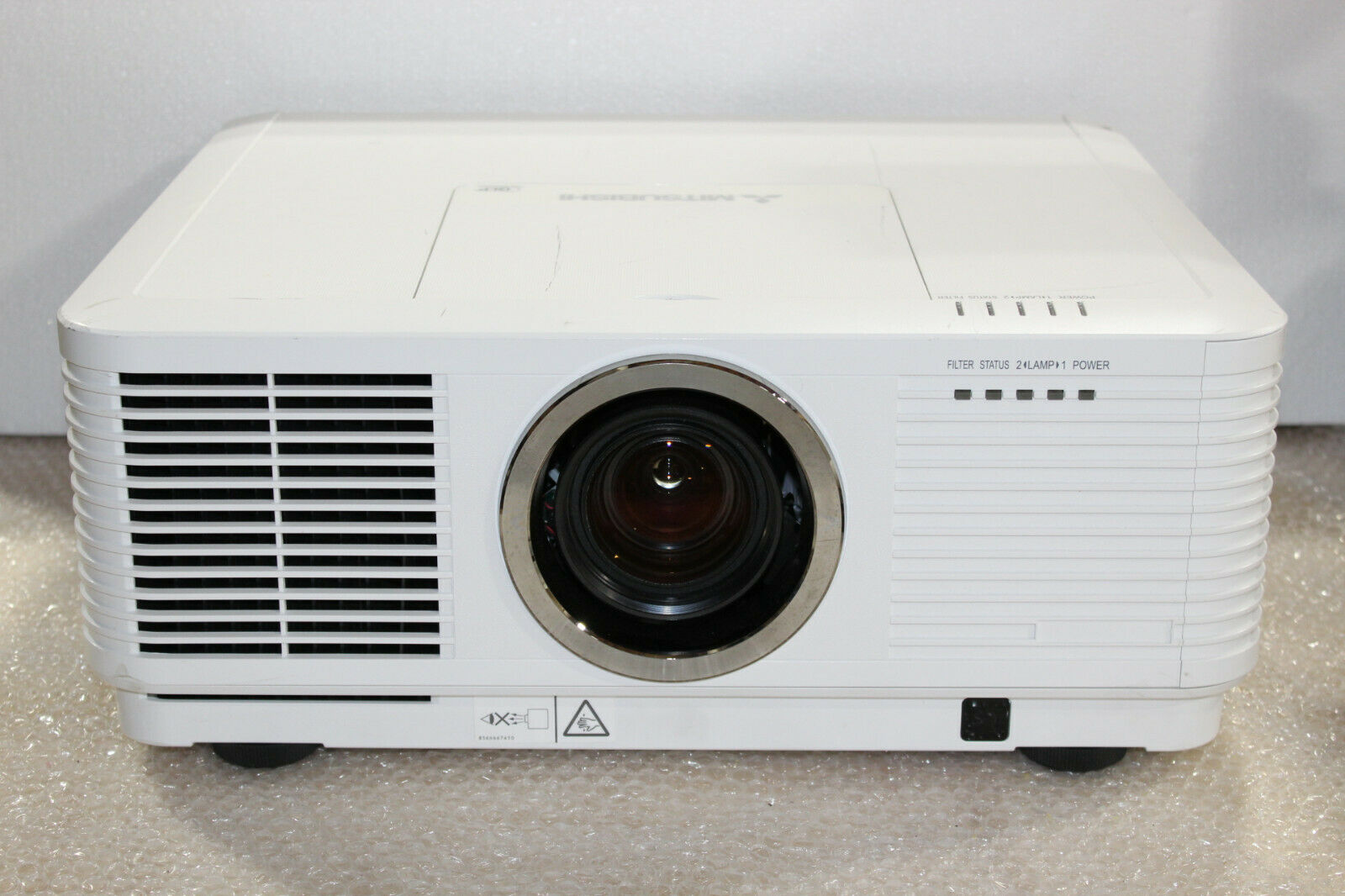 Mitsubishi UD8850U Full HD WUXGA Large Venue Theater Projector - 7500 Lumens!. Available Now for 1200.00