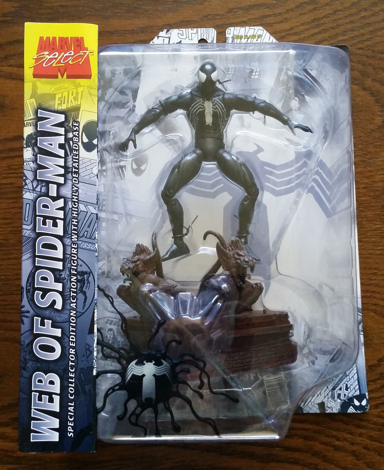 Diamond Marvel Select WEB OF SPIDER-MAN Special Collector Edition Action Figure