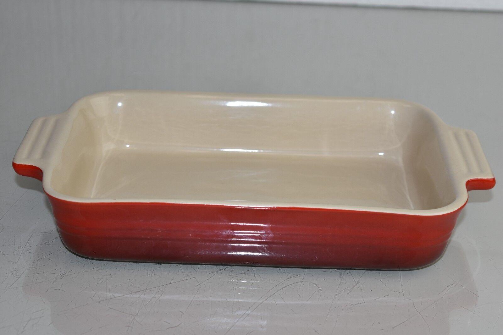 Neuf le Creuset Rectangulaire Grès Plat 26.7cm Grès Rectangulaire Rouge Cerise Casserole Cuiseur fbfd5b