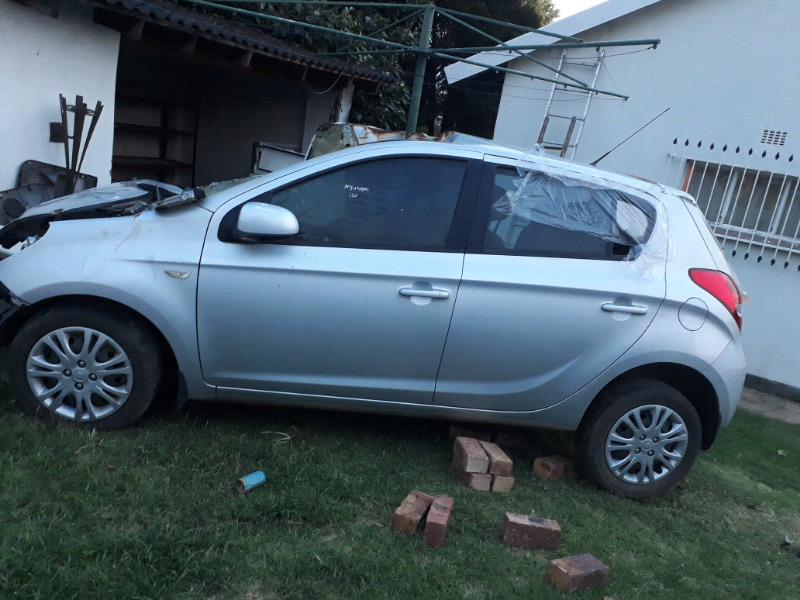 Hyundai i20 for Stripping and parts