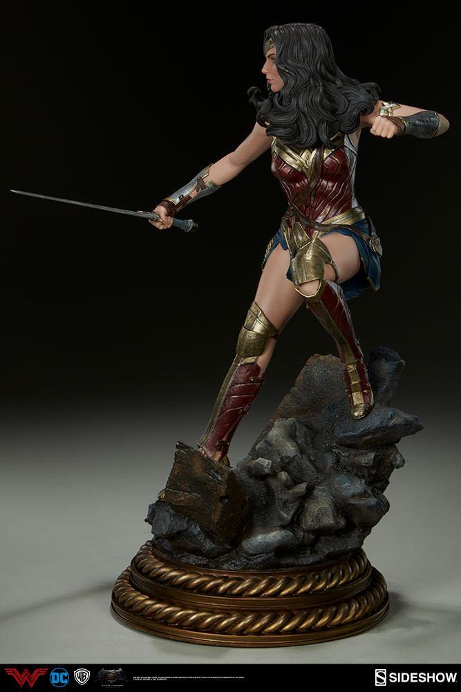 Batman v Superman Premium Format Format Format Figure Wonder Woman Sideshow 300400 5d877e