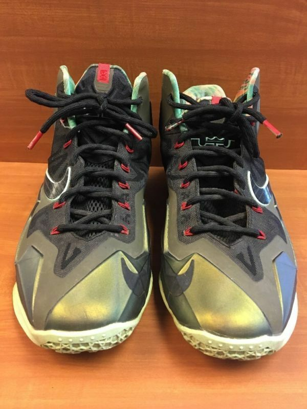 "Nike Air Max Lebron 11 XI ""King's Pride"" Parachute gold Green 616175-700 Size 11"