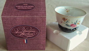 "Vntg 1981 Avon American Heirloom ""PORCELAIN BOWL"" w/ Display Stand -Japan - NEW!"