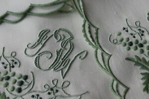 Vtg-Antique-FABULOUS-Linen-Embroidered-Madeira-Set-12-Napkins-Triple-Monogram