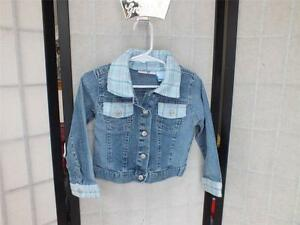 9a714a5d1 MARY KATE AND ASHLEY GIRLS LIGHT BLUE TO DARK BLUE DENIM JACKET SIZE ...