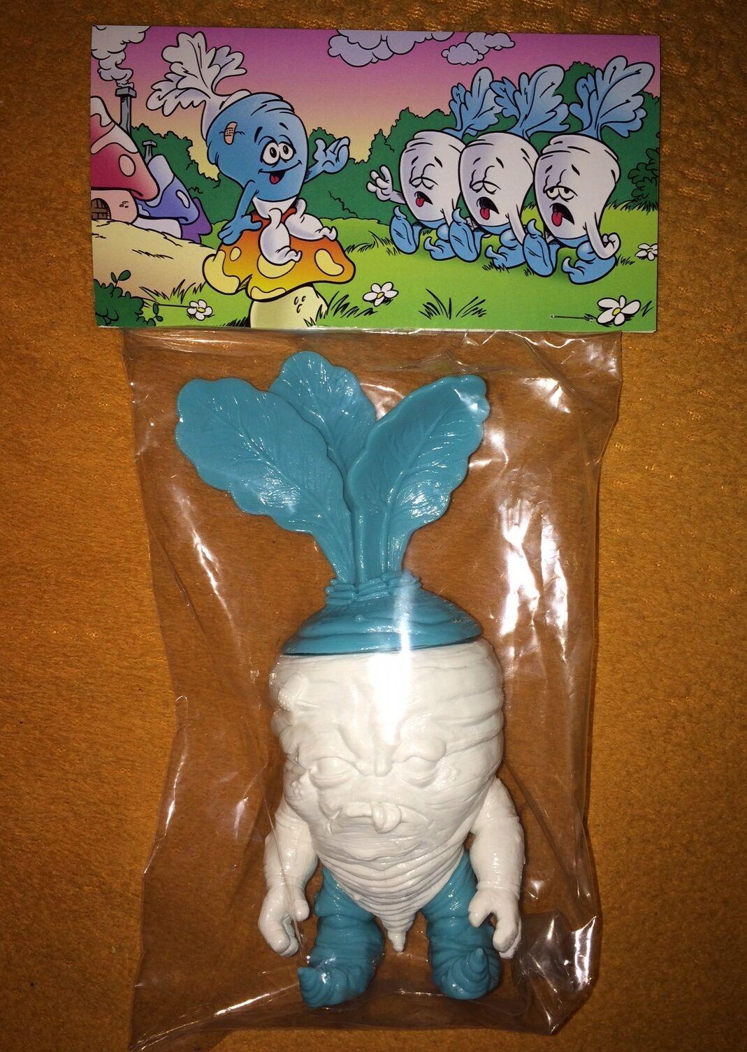 DEADBEET UNDEAD SHMURFY KAIJU VINYL ART SOFUBI FIGURE  20 Scott Tolleson Smurf
