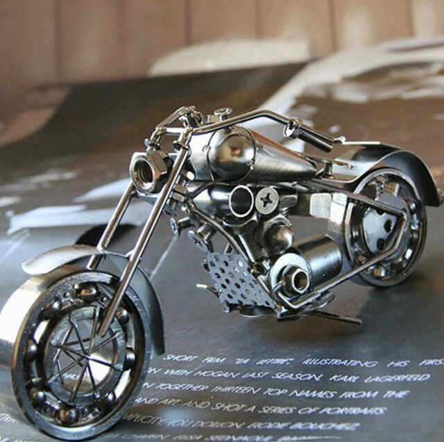 Handmade Harley-Davidson 26CM Iron Motorcycle Model Decoration & Gift