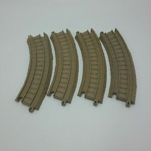 Thomas Train Friends TRACKMASTER Lot of 4 Curved Track Pieces Tan Clean  A7set