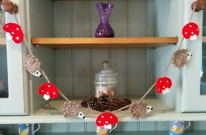 Nursery//Dresser//Summerhouse Handmade Crochet Hedgehog /& Toadstool Bunting