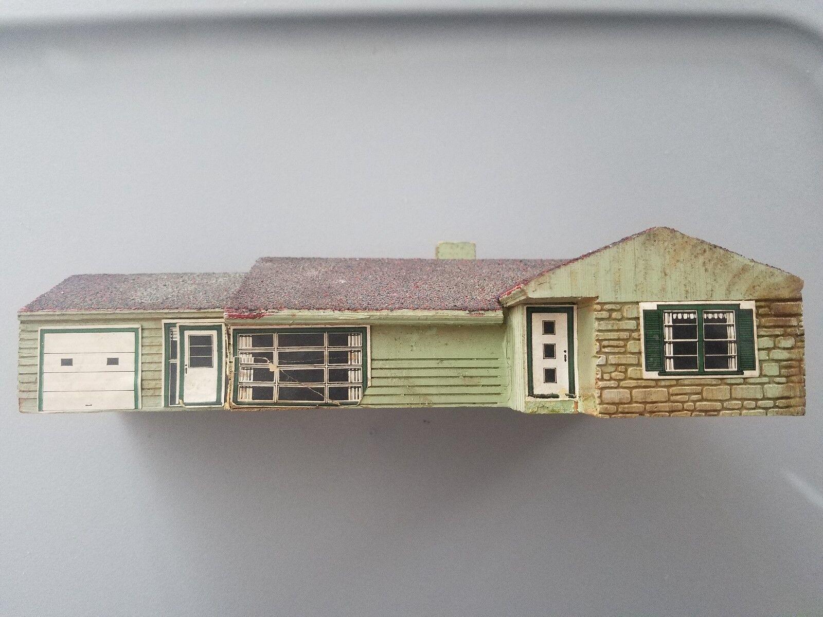 Vintage SOLID WOOD MODEL TRAIN HOUSE railroad WELL MAC MODEL CO evanston HO N O