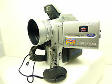 CAMESCOPE SONY DCR-PC110E PAL MEGA PIXEL SEMI PRO MINI DV + MEMORY STICK + FLASH
