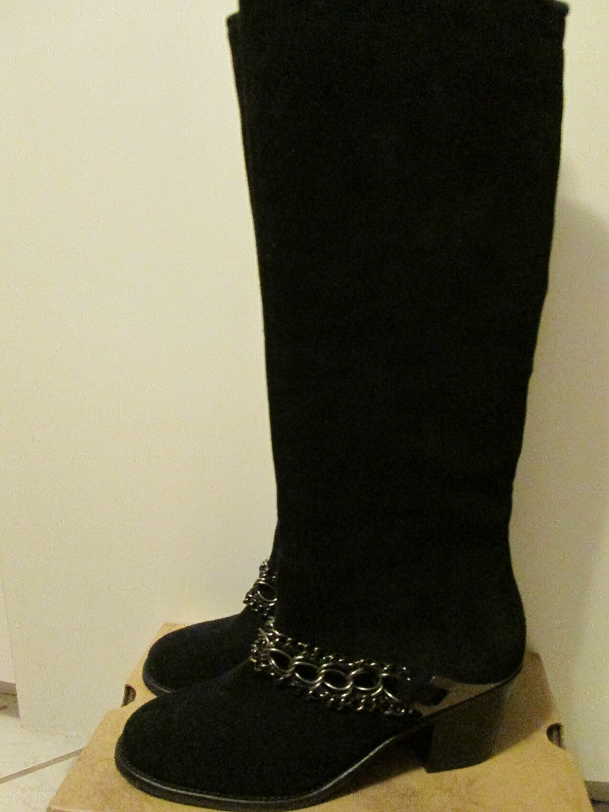 B. Makowsky Black Suede Leather Knee High Western Chain Detail Boots 8.5  NEW