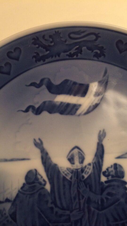 Valdemars platte, Royal Copenhagen, 1219