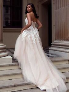 0ef27a0c21d Image is loading Mia-Solano-Carris-Ballgown-Wedding-Dress-Size-8