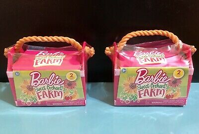Barbie SWEET ORCHARD FARM Pets Series 1 SET of 2 Blind Bags Crate 4 Animals NEW
