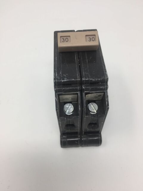 Cutler Hammer CH230 2 Pole 30 Amp Plug In Breaker 120//240 volt CH Plastic Feet