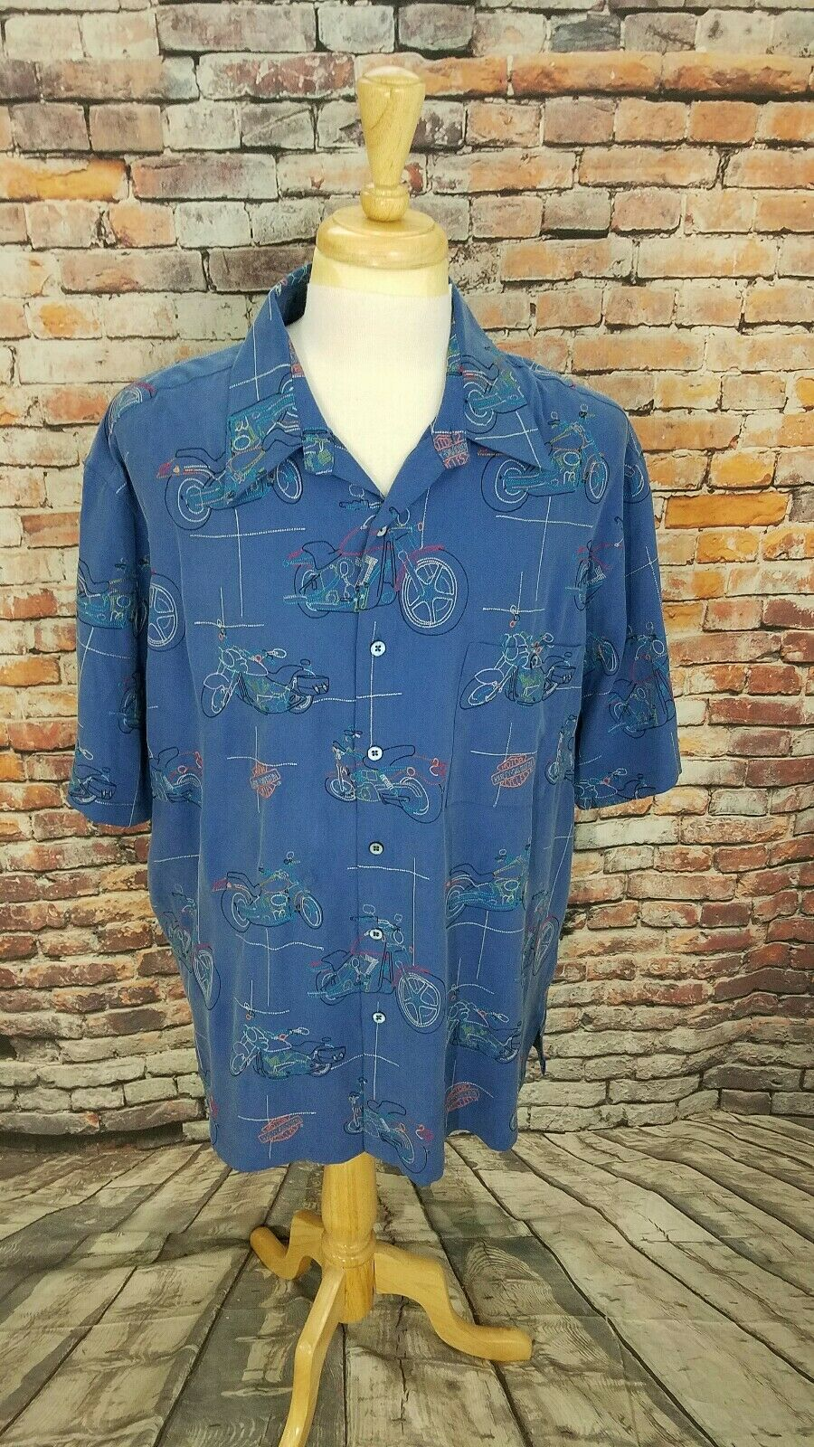 Harley Davidson Men S S bluee MOTORCYCLE EMBROIDERED Button Up SILK Shirt XL EUC