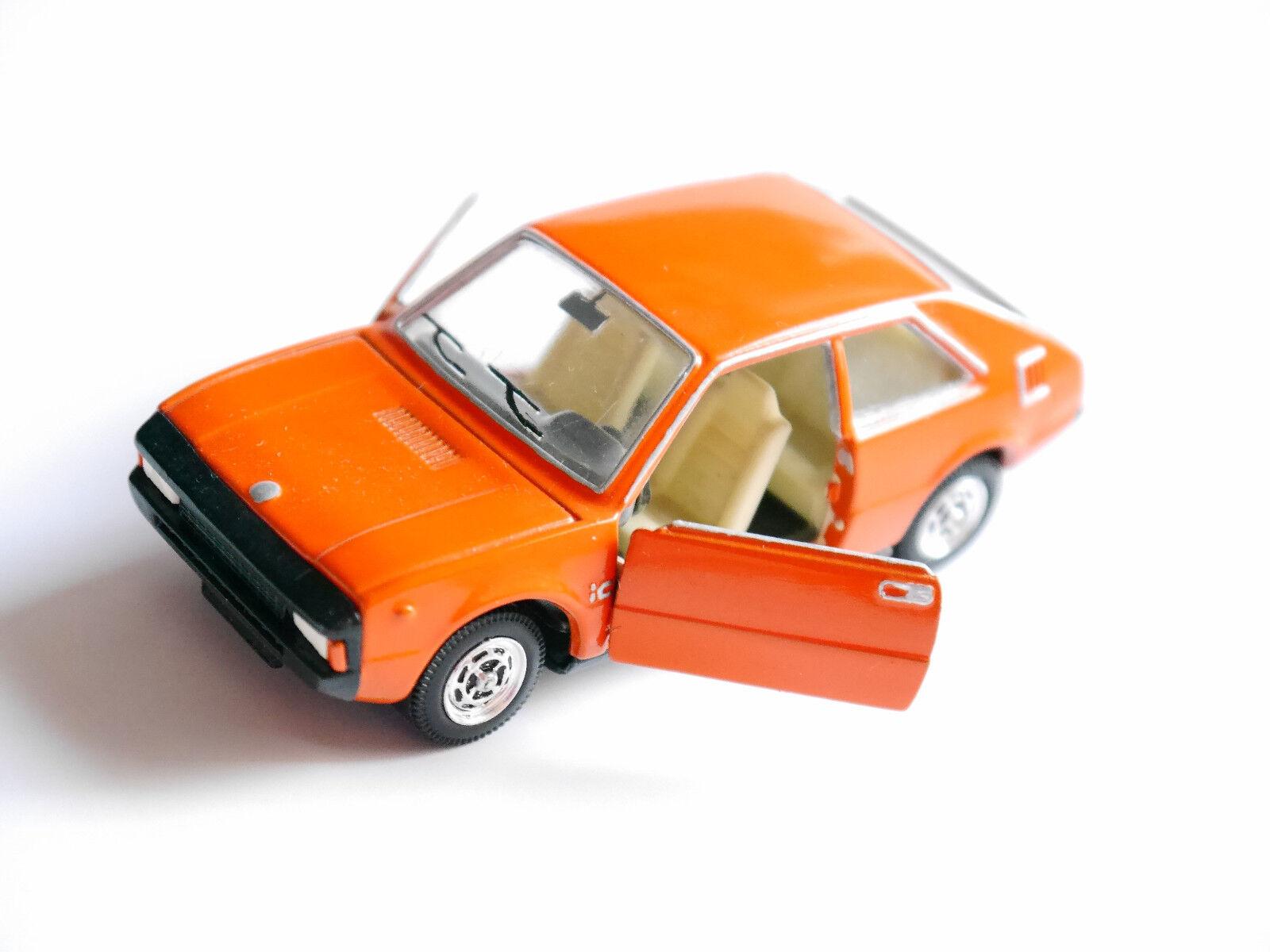 Fiat Seat 1200 sport coupé en Orange, PILEN en 1 43 - modifié Modified