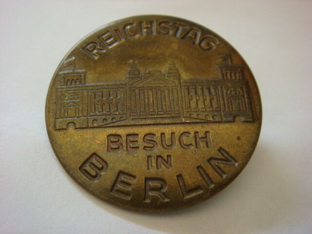 Vintage DDR Pin badge student badge Free Delivery New Listing Free Postage CLEARANCE Sale Pin badge Germany Berlin Hauptstadt pin badge